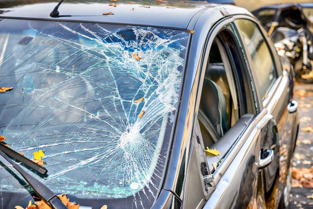 insurans tambahan, perlindungan tambahan, insurans kenderaan, insurans windscreen, insurans cermin kereta